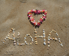 Hawaii travel specialist, Aloha on the beach